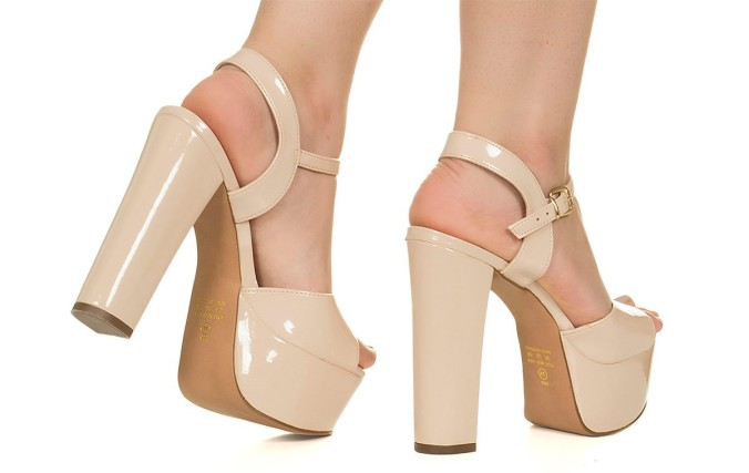 taquilla-sandalia-meia-pata-nude-verniz-71